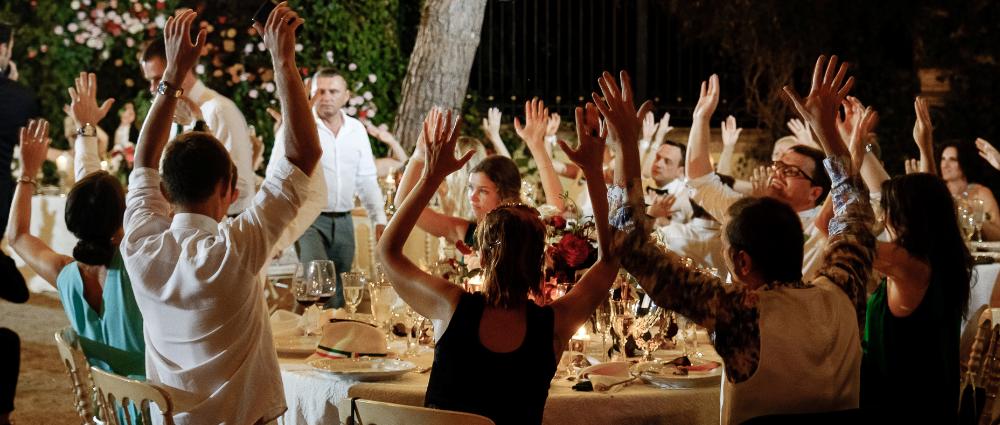 47f73365f67a1b0 Без стеснения: как познакомить гостей на свадьбе за один час | Wedding