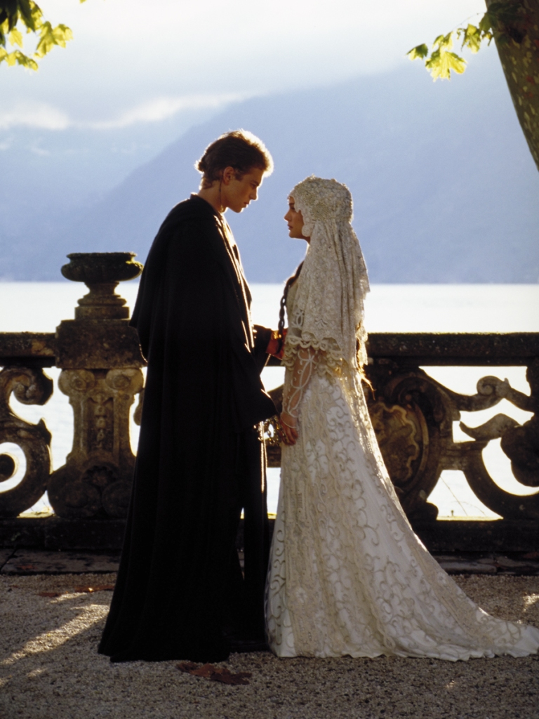 https://www.wedding-magazine.ru/images/articles/53492/gallery/padme_suknia_slubna_53d5f1cb0f4f3d37ef2f233356501997.jpg