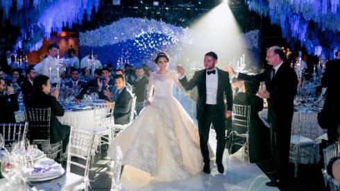 60c4ce60065d871 10 идей, как сделать масштабную свадьбу уютной: чтобы все гости чувствовали  себя, как дома